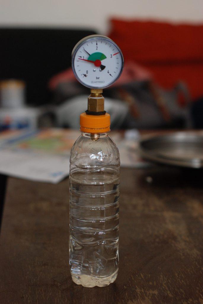 Flaschenmanometer PET Flasche